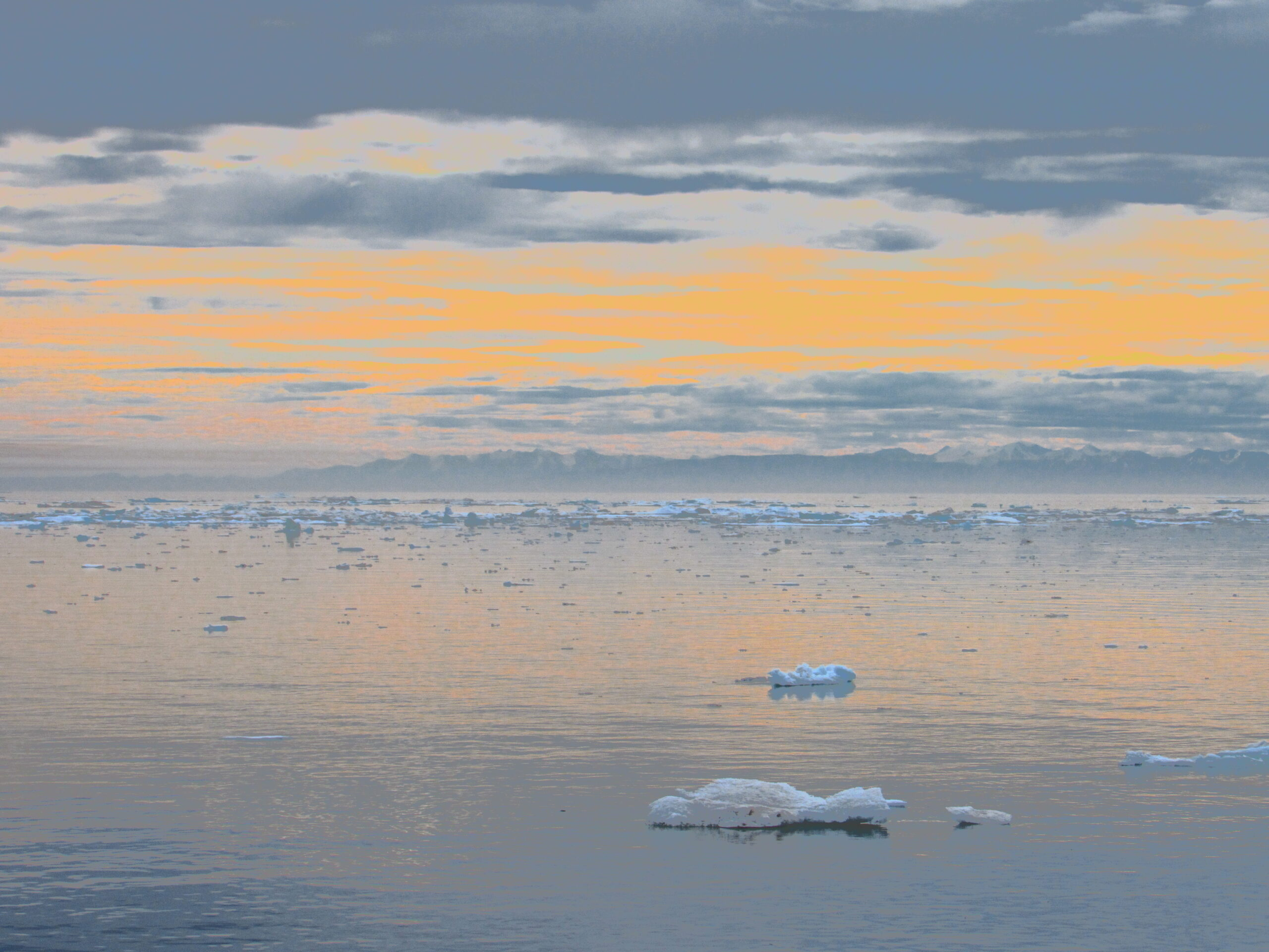 Drawn Picture Of Many Small Icebergs And A Evening Horizon In The DIstance